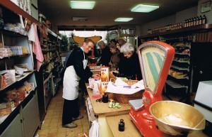8. Ausverkauf und Schliessung 1990